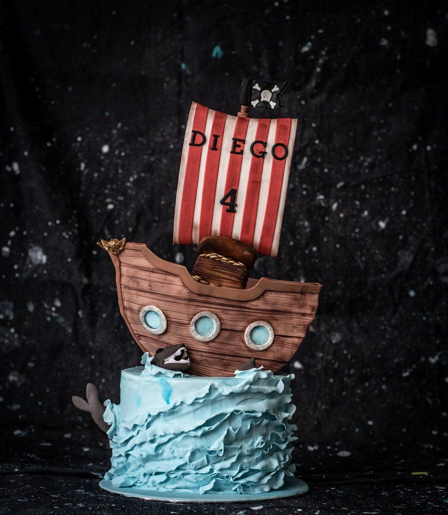 tarta barco pirata pirate ship cake ponona cakes santander tutorial crumb avenue
