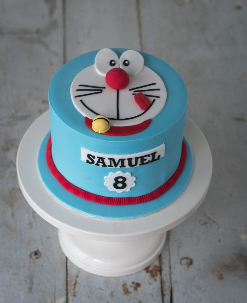 tarta fondant doraemon en dos dimensiones ponona cakes santander
