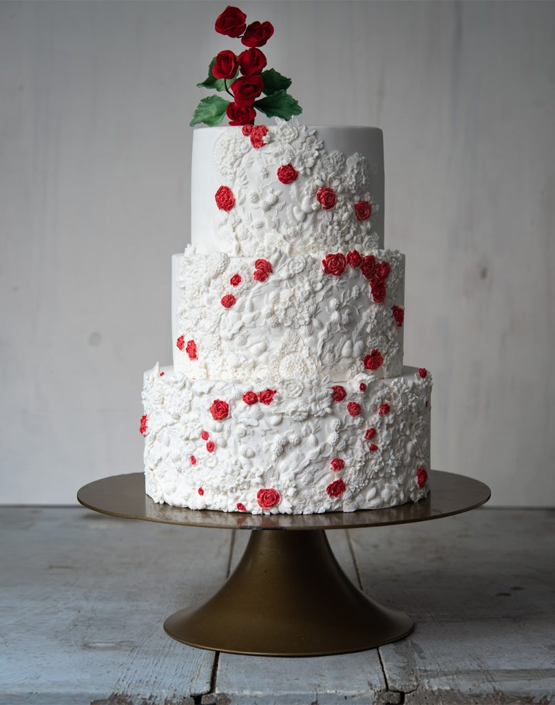 tarta fondant boda bass relief red roses ponona cakes santander