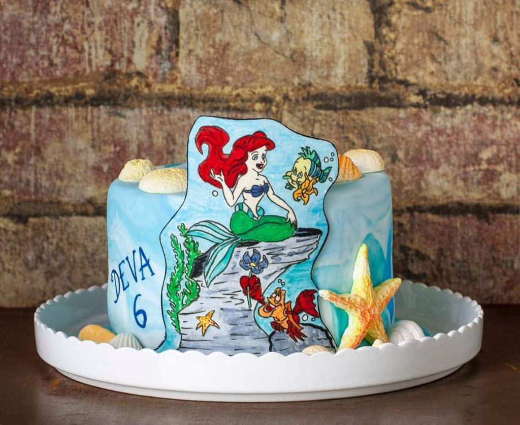 handpainted little mermaid cake tarta pintada a mano ponona cakes
