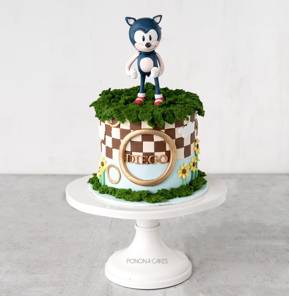 sonic the hedgehog cake
